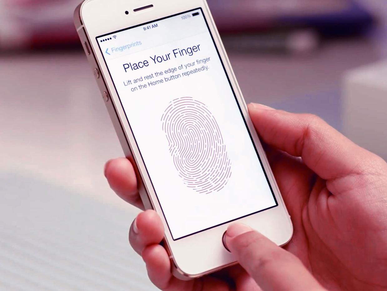 iphone_5s_touch_id_fingerprint_video_hero_4x3 (1)